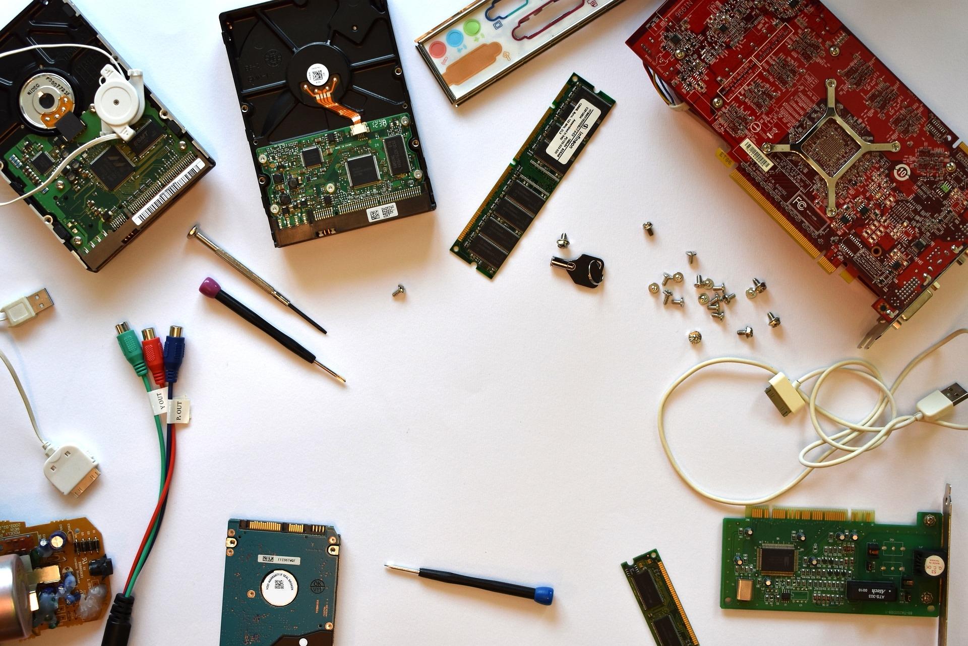 Computer-Hardware-Repair-Tools